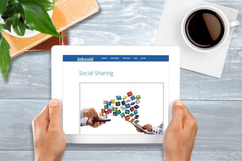 automate social media recruitment process