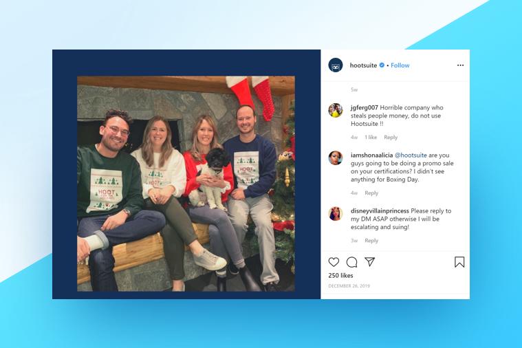 Hootsuite Team wishing their followers